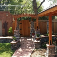 1508H - Custom Fence And Gate Stone Columns Arbor Flagstone Patio