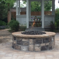 1607E - Stone Firepit with Flame