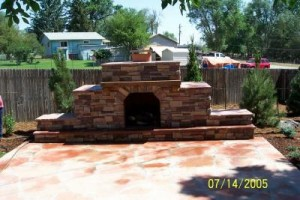 Outdoor-fireplace-300x200