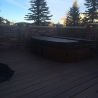 1603G - Stone Wall Jacuzzi Pad