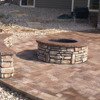 1608C - Paver Patio Firepit Seat Wall Caps